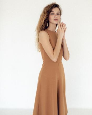 Песочное удлиненное платье Montreuil (Арт 444)