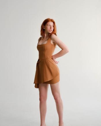 Песочное платье мини с декоративным элементом Dreux (Арт 476)