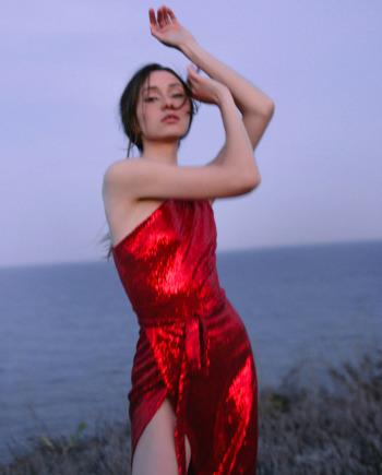 Красное платье Paris пайетками (Арт 456)