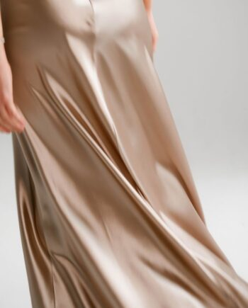 Шелковое бежевое силуэтное Платье в пол Istres (Арт 447 )